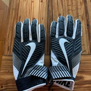Nike D-Tack Lineman's Football Gloves Size 4XL